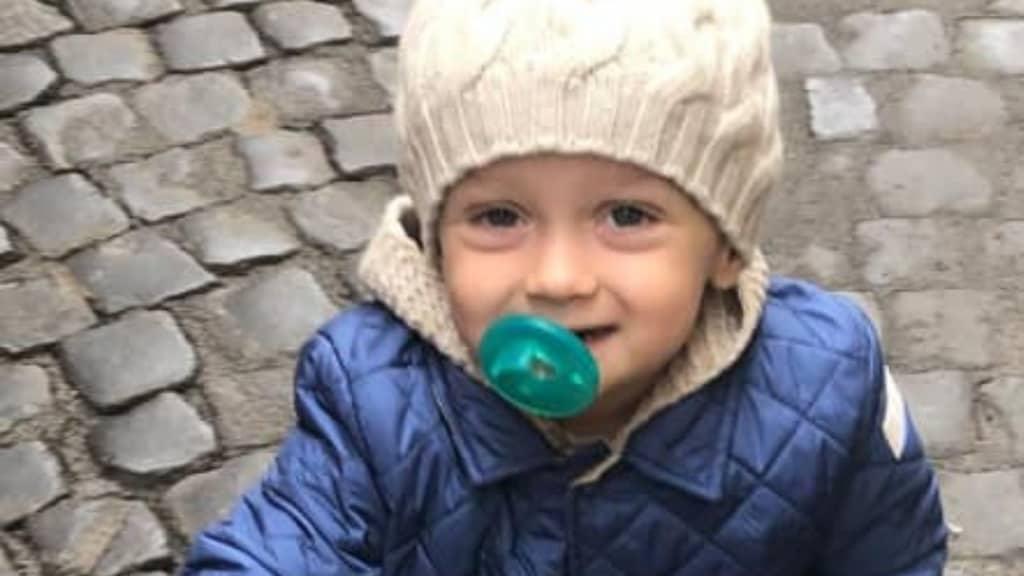 Il piccolo Alessandro Maria sta meglio il commovente post sui social
