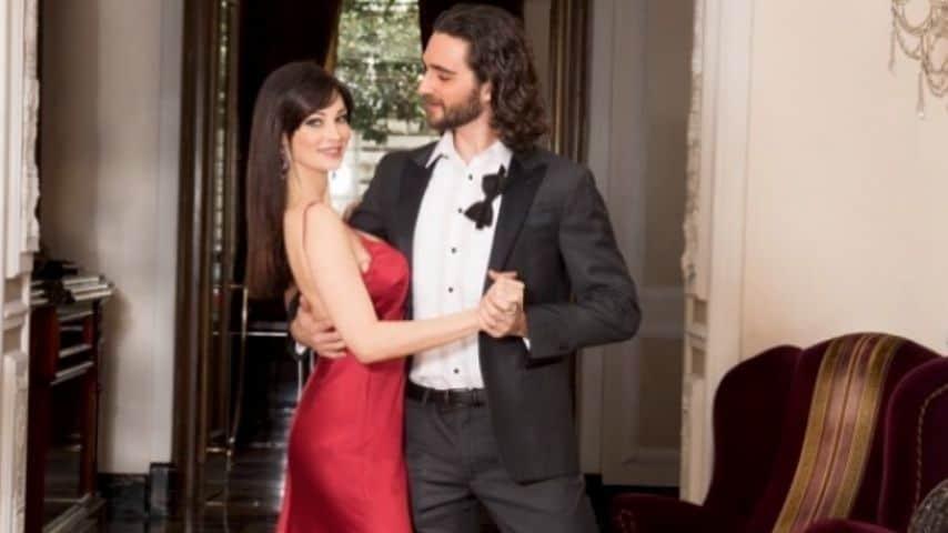 Manuela Arcuri insieme a Luca Favilla, suo partner di ballo a Ballando con le stelle. Immagine: Manuela Arcuri/Instagram