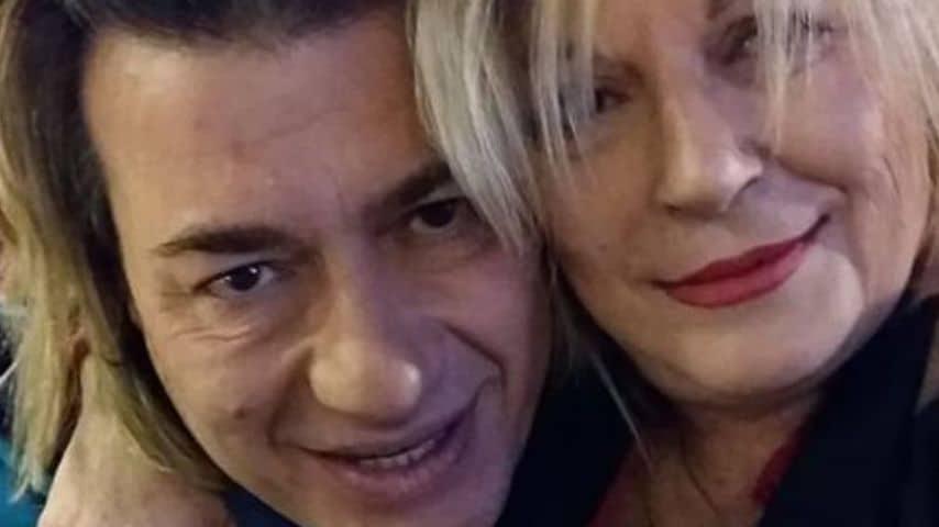 Massimo Sacco con la sorella Marina. Immagine: Marina Sacco/Facebook