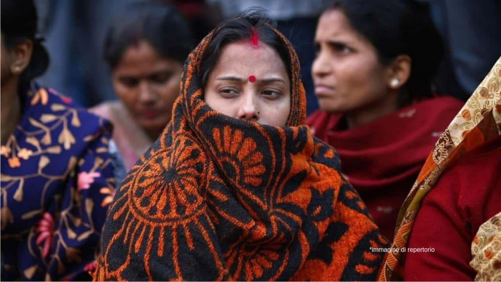 Orrore in India, bruciati vivi dal padre di lei non approvava il loro matrimonio