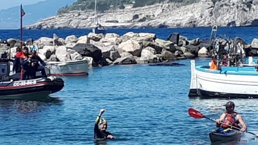 Salvatore Cimmino esulta a fine traversata (Foto Facebook)