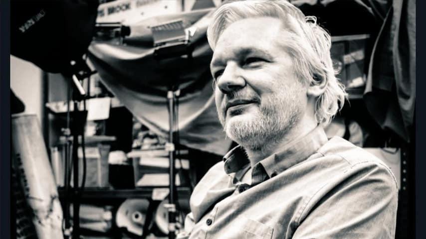 Julian Assange condannato