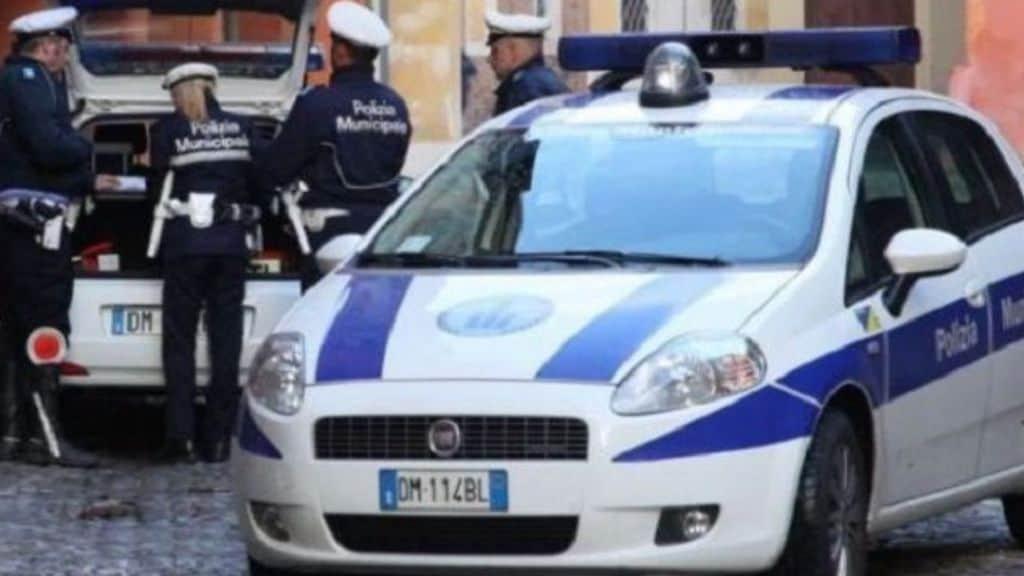 volante polizia municipale