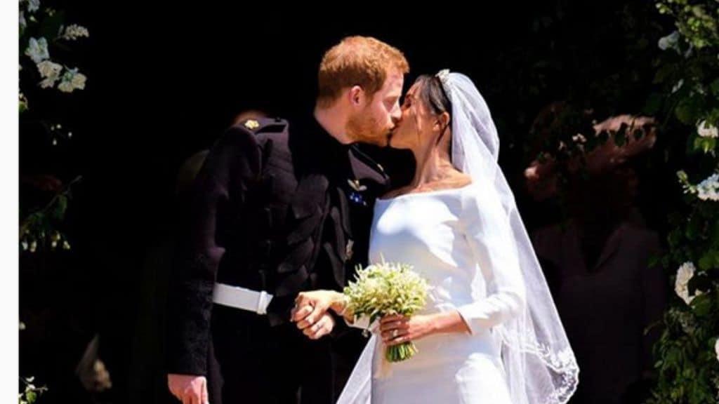 Il bacio di Harry e Meghan dopo il sì