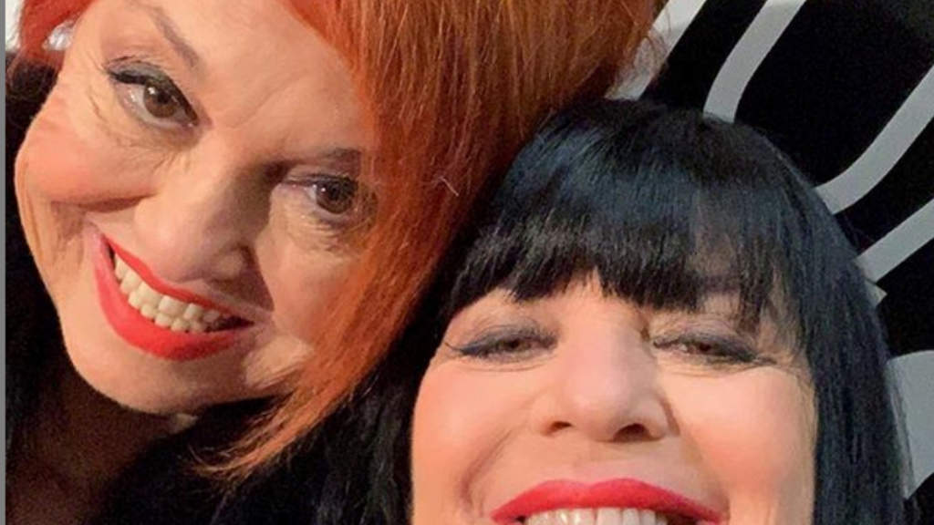 selfie di wanna marchie e stefania nobile
