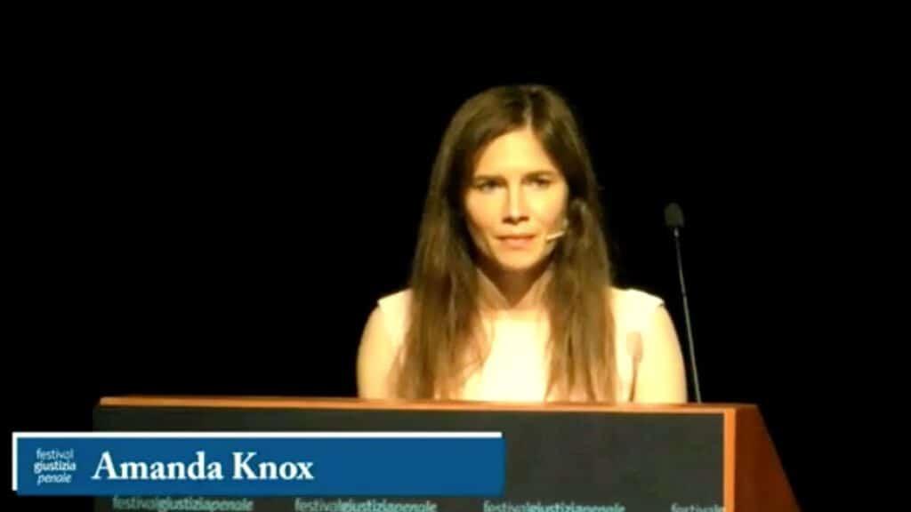 Amanda Knox al Festival della giustizia penale di Modena