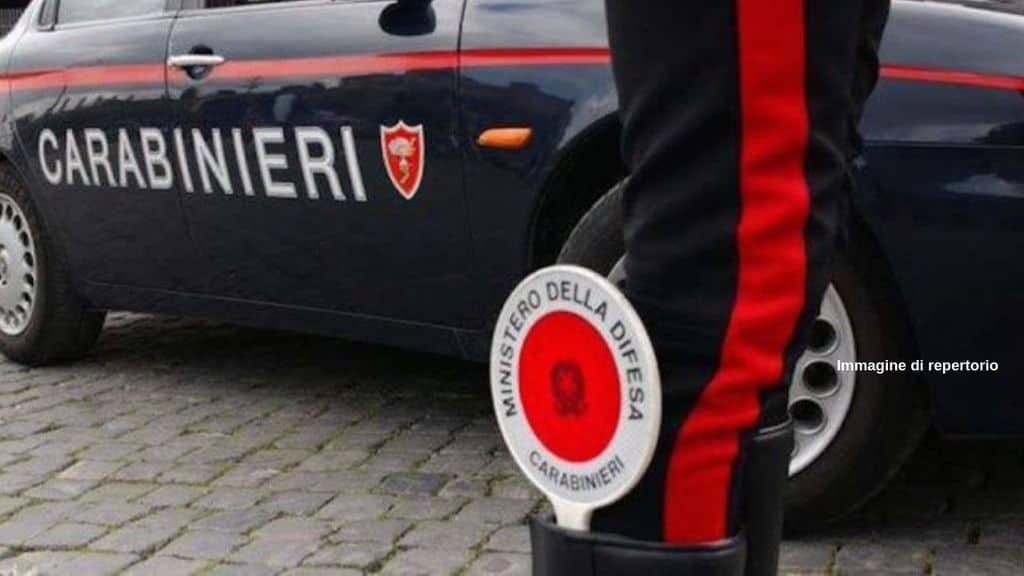Montegranaro, brigadiere 59enne accoltellato nella notte da un ubriaco