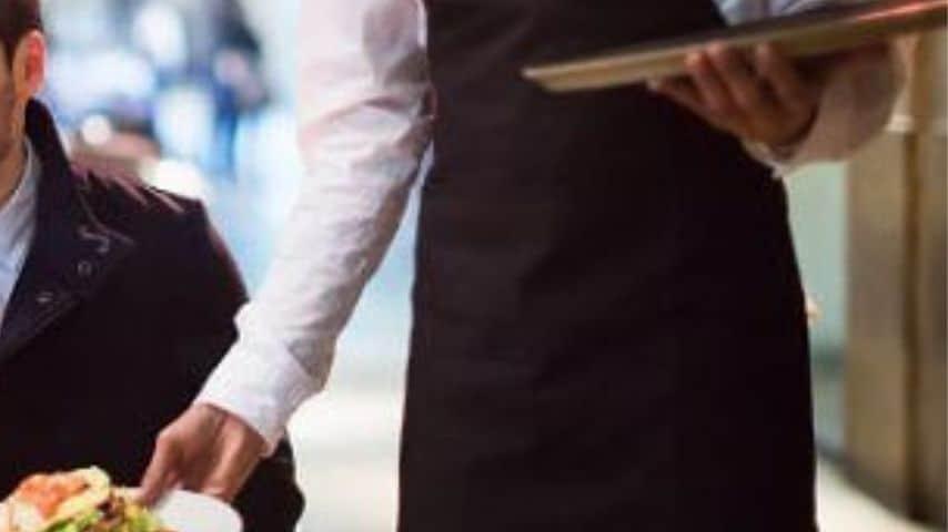 Cameriere-Immagine-di-repertorio
