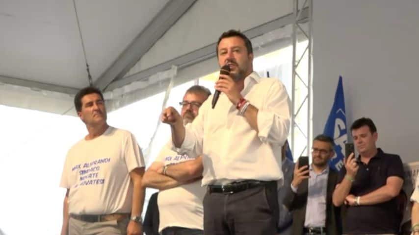 Il ministro Matteo Salvini da Novate Milanese. Immagine: Matteo Salvini/Facebook