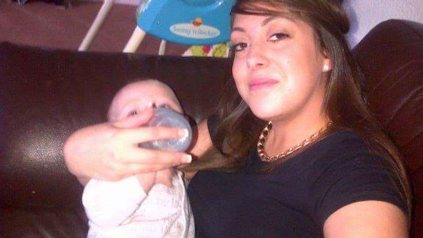 Josey con uno dei suoi figli. Immagine: Joey Suffolk/Facebook