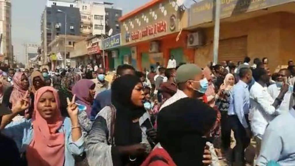 Sudan, oltre 35 morti in un attacco militare a Khartoum