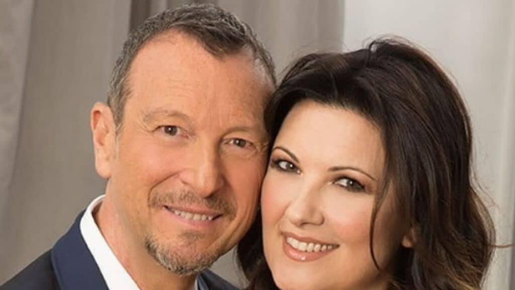 Amadeus e Giovanna: matrimonio in chiesa. Ecco i dettagli