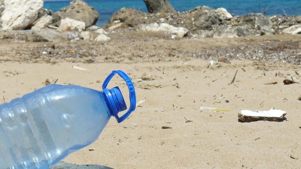 bottiglia spiaggia