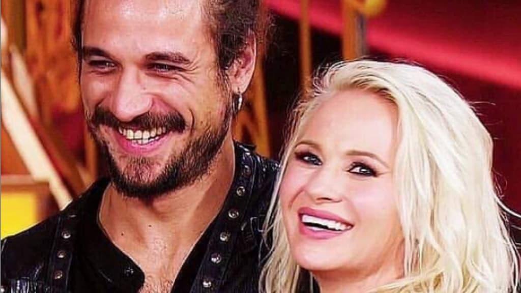 Osvaldo e Veera Kinnunen: la foto del bacio