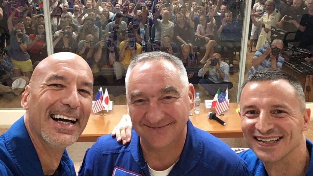 luca parmitano e i membri della missione spaziale