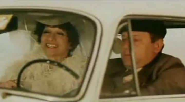 La signorina Silvani in macchina con Fantozzi
