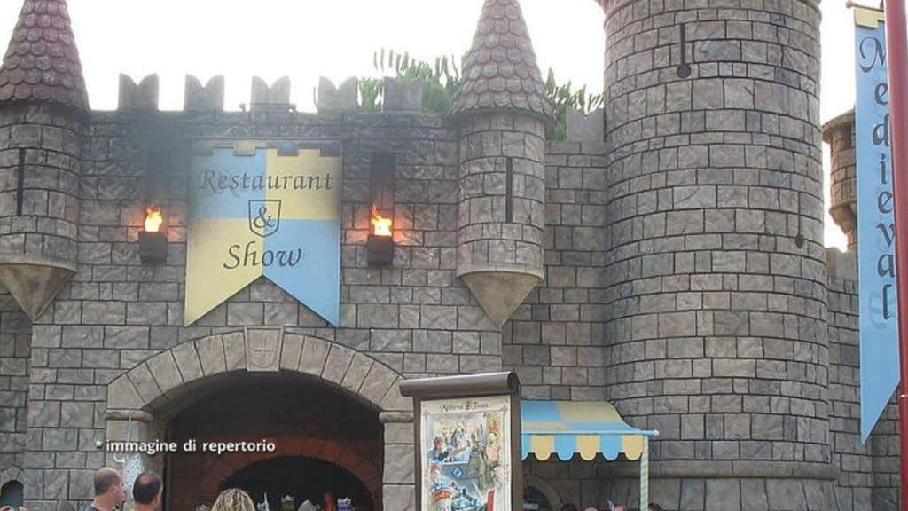 Una delle aree a tema del parco divertimenti Canevaworld