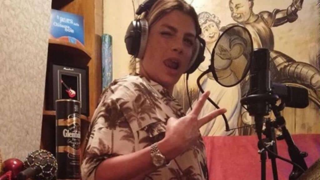 emma marrone in studio
