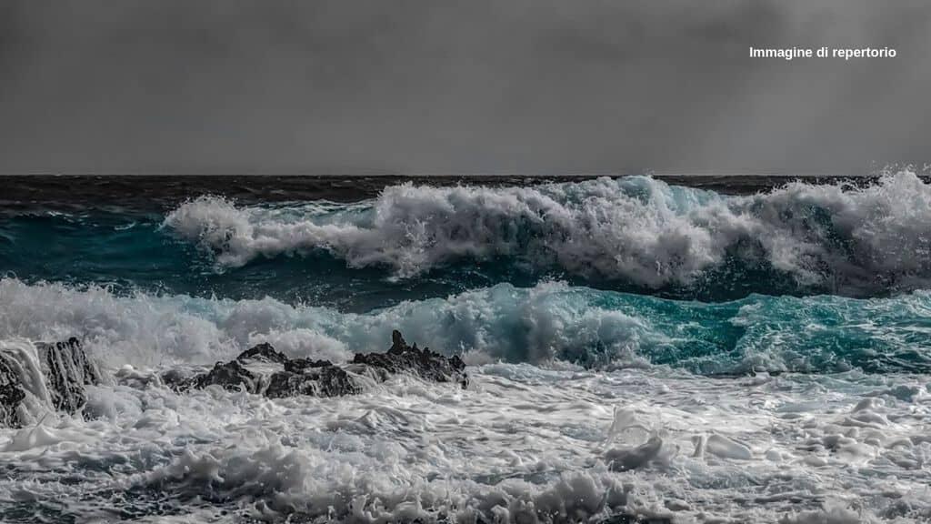 naufragio-filippine-25-morti-rovesciati-traghetti-maltempo