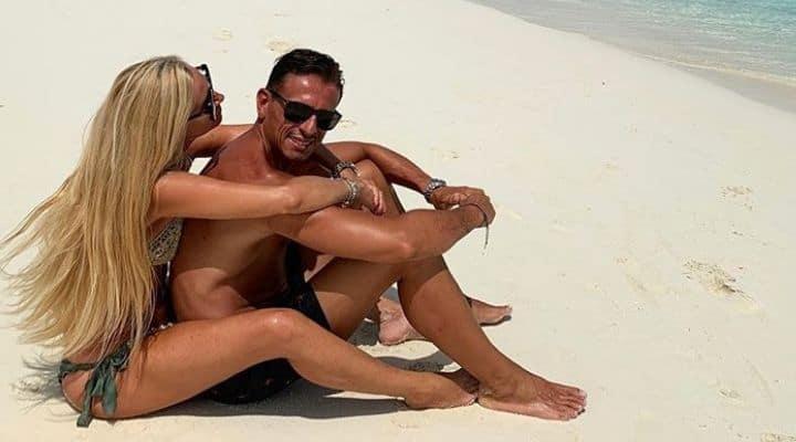Federica Panicucci e Marco Bacini innamorati alle Maldive