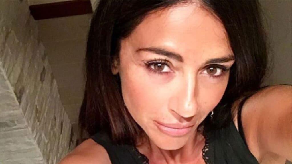 Teresa Cilia lancia la bomba Raffaella Mennoia sa delle persone fidanzate