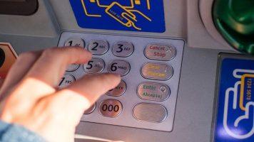 prelievo dal bancomat