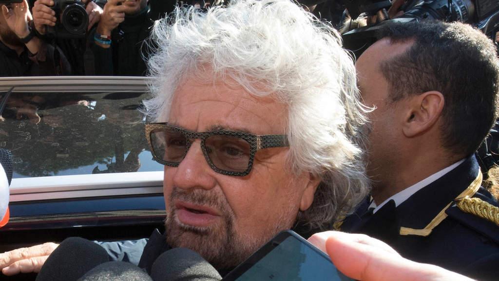 Il figlio diciannovenne di Beppe Grillo accusato di violenza sessuale di gruppo