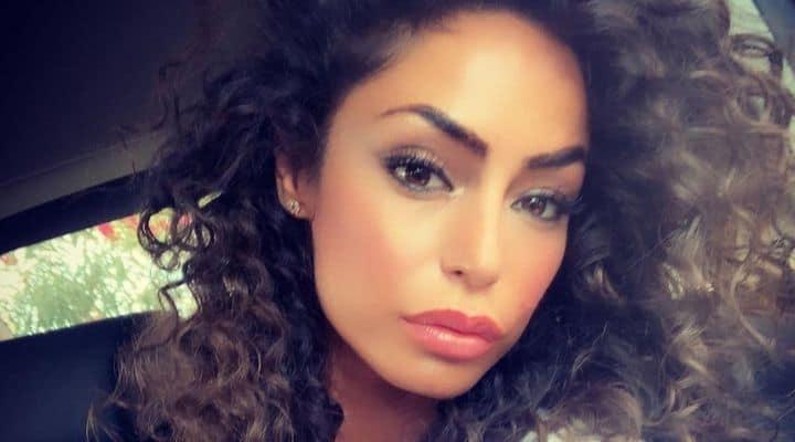 Raffaella Fico risponde agli haters a storie italiane