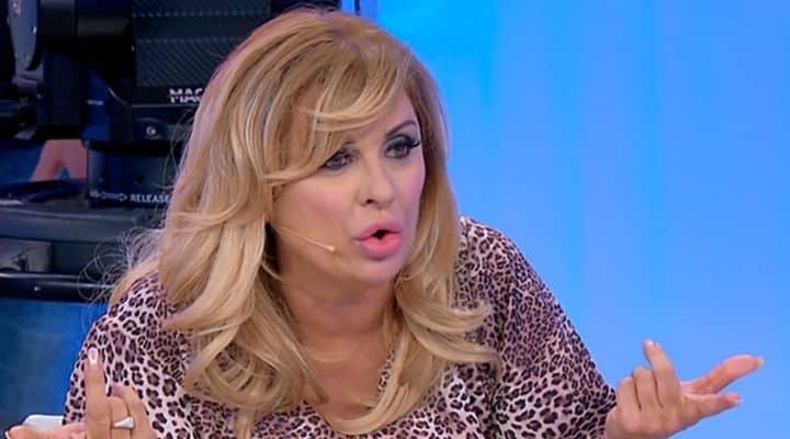 Tina Cipollari esplode contro Giovanna
