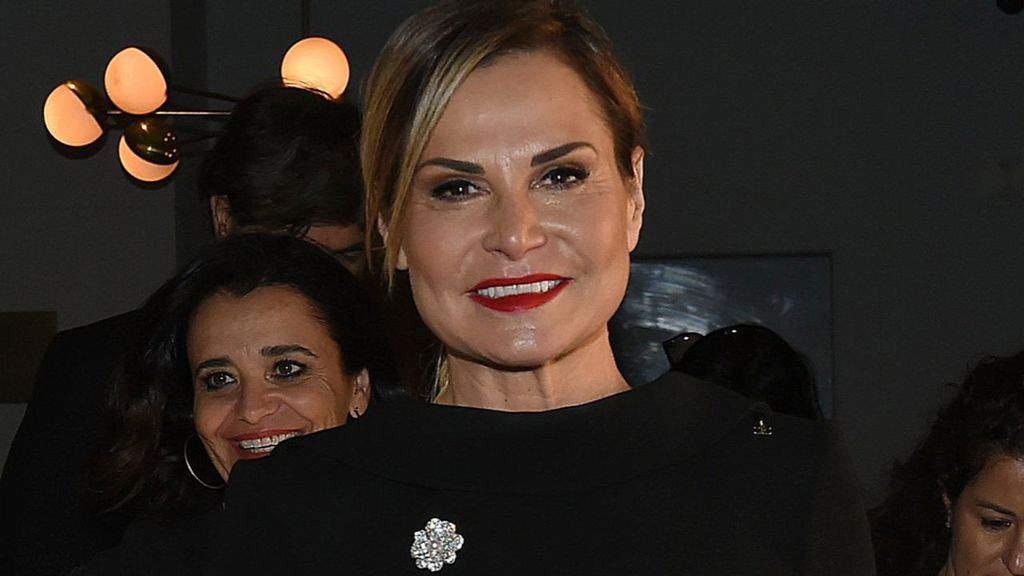 Simona Ventura in primo piano