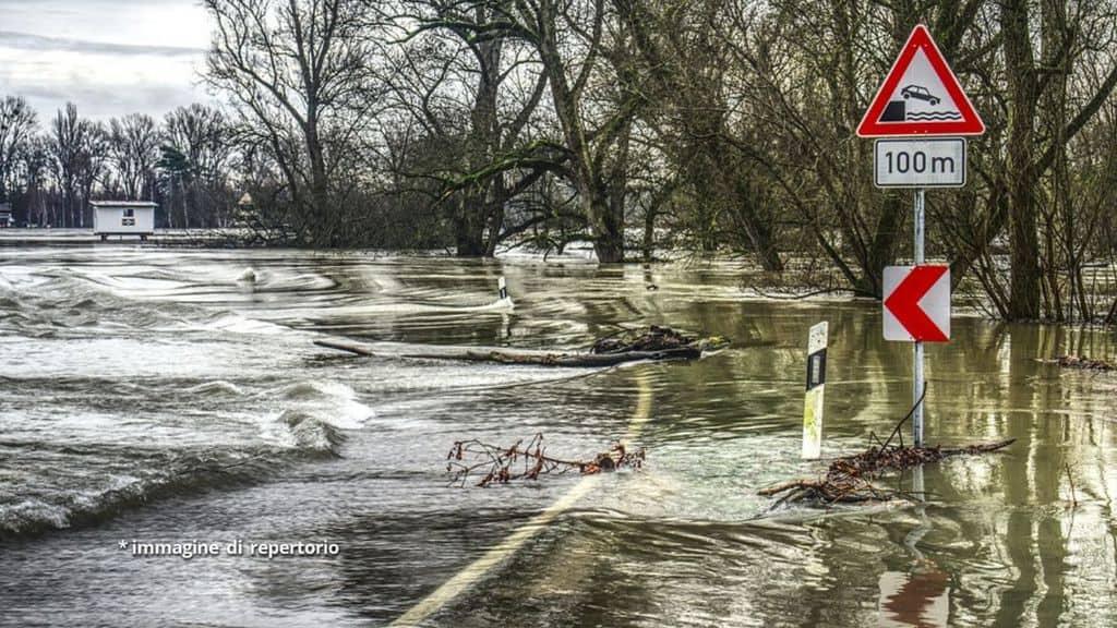 strade allagate per alluvione
