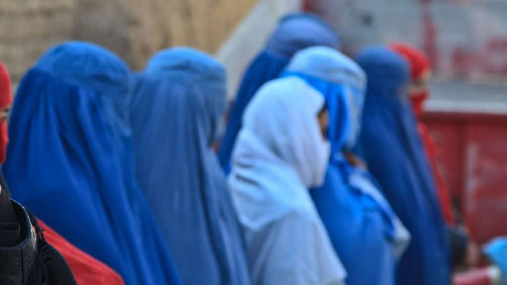 donne con burqa