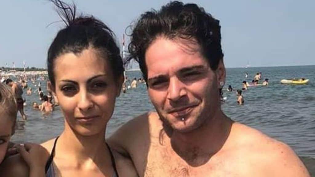 """Il marito assassino di Giulia Lazzari, 23 anni, condivideva post su Facebook che erano campanelli d'allarme per la tragedia imminente. """"Fatti brutta, così risparmio la galera"""" """"L'hai voluto tu, è colpa tua"""" (Foto Facebook)"""