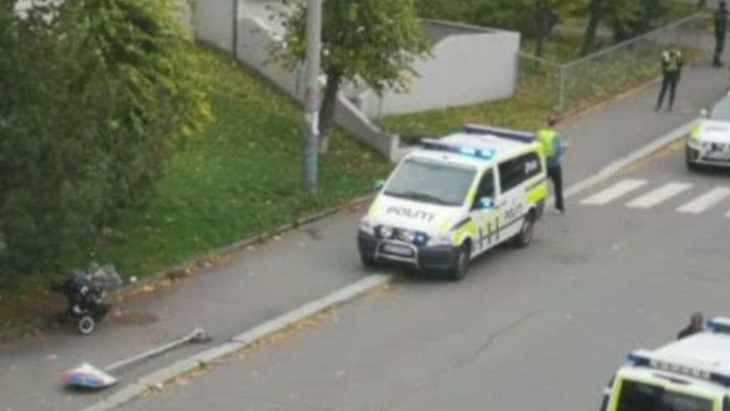 A Oslo un uomo armato ha investito alcune persone su un'ambulanza rubata