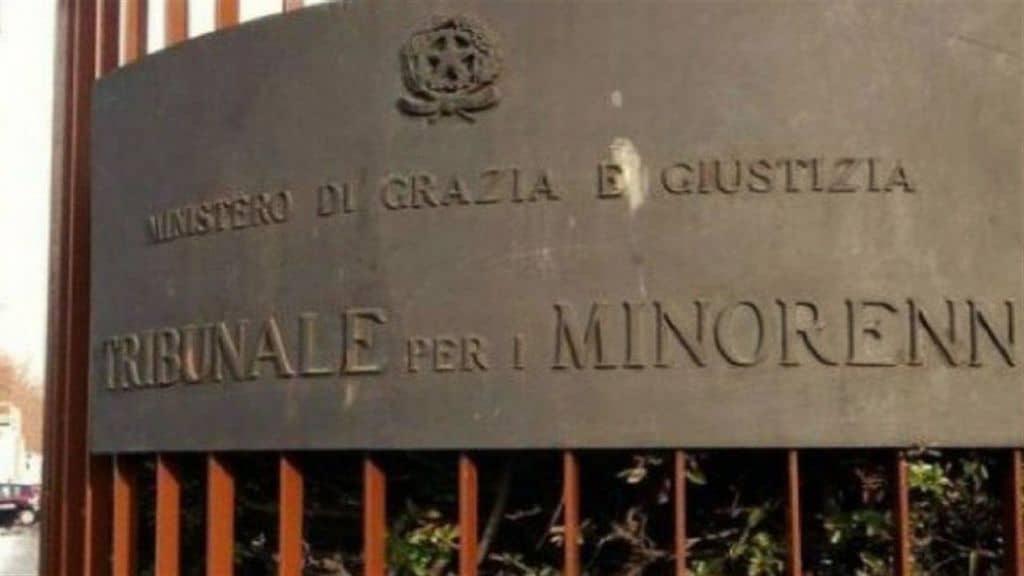 tribunale minori milano