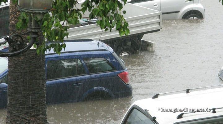 veicoli nell'acqua alta