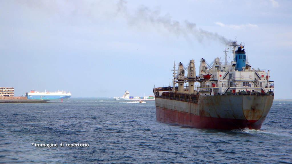 Messico, nave italiana attaccata da pirati: 2 feriti, equipaggio derubato