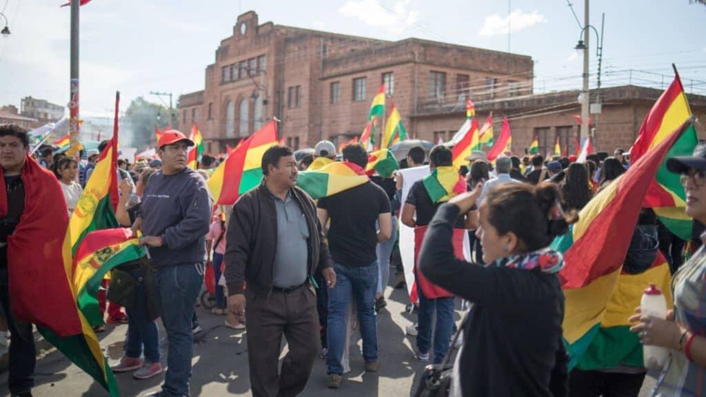 Il Sudamerica piegato dalle proteste e dagli scontri in piazza: dalla Bolivia al Cile, decine di morti, feriti e arrestati. Preoccupazione nelle istituzioni internazionali
