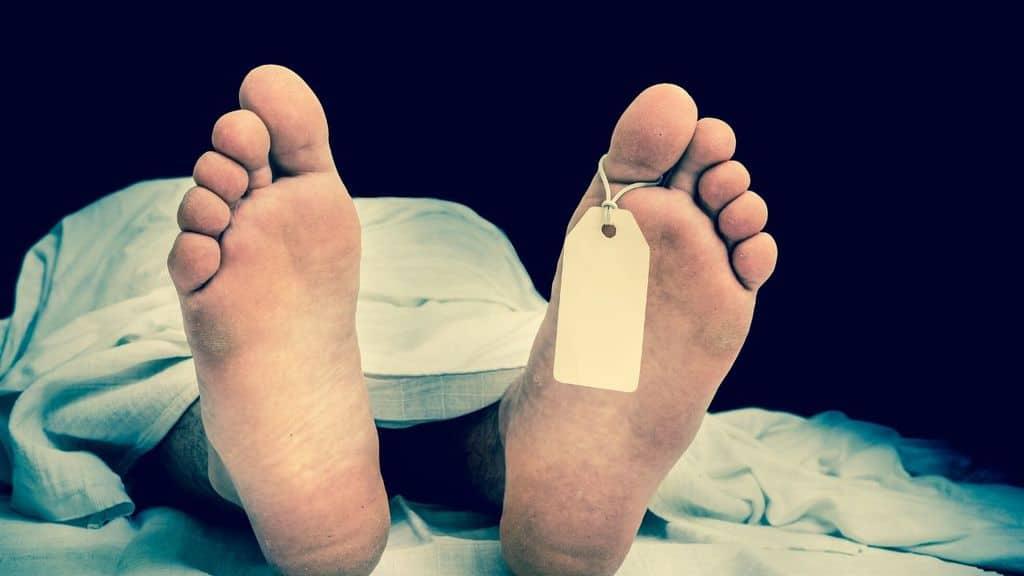 piedi di cadavere