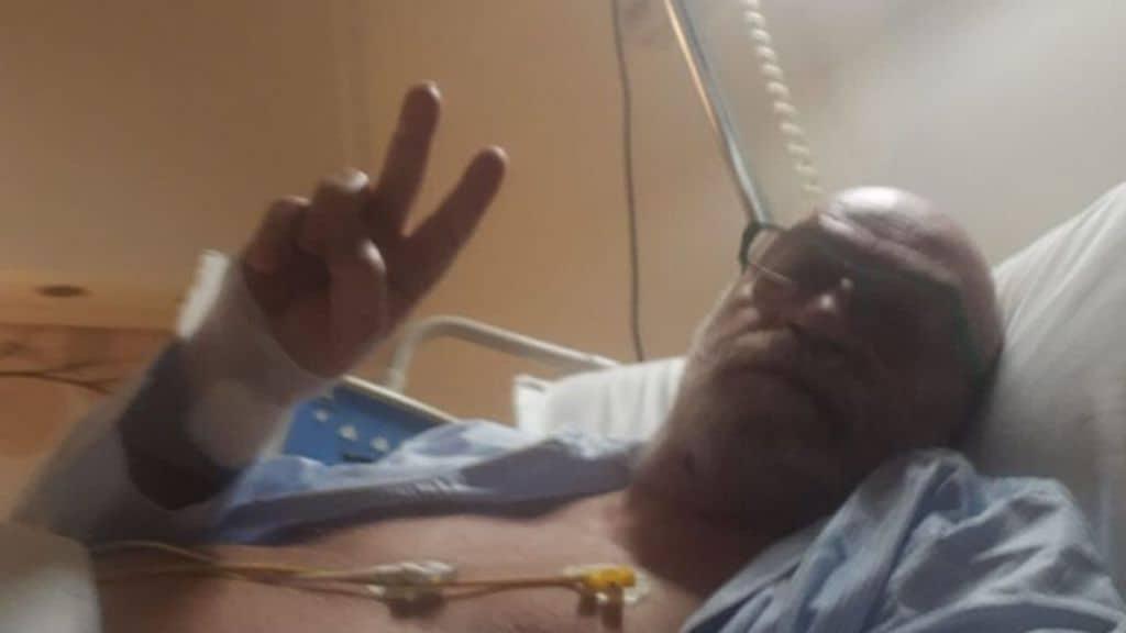 Toni Capuozzo nel letto d'ospedale