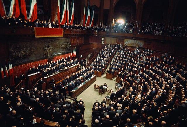 Le leggi più importanti (o discusse) in Italia negli ultimi