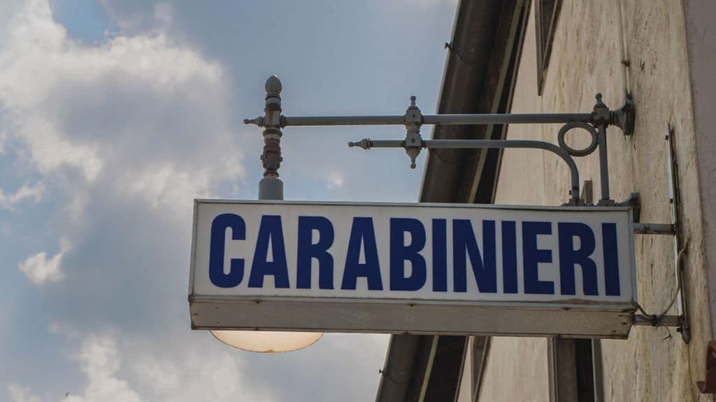 insegna dei carabinieri