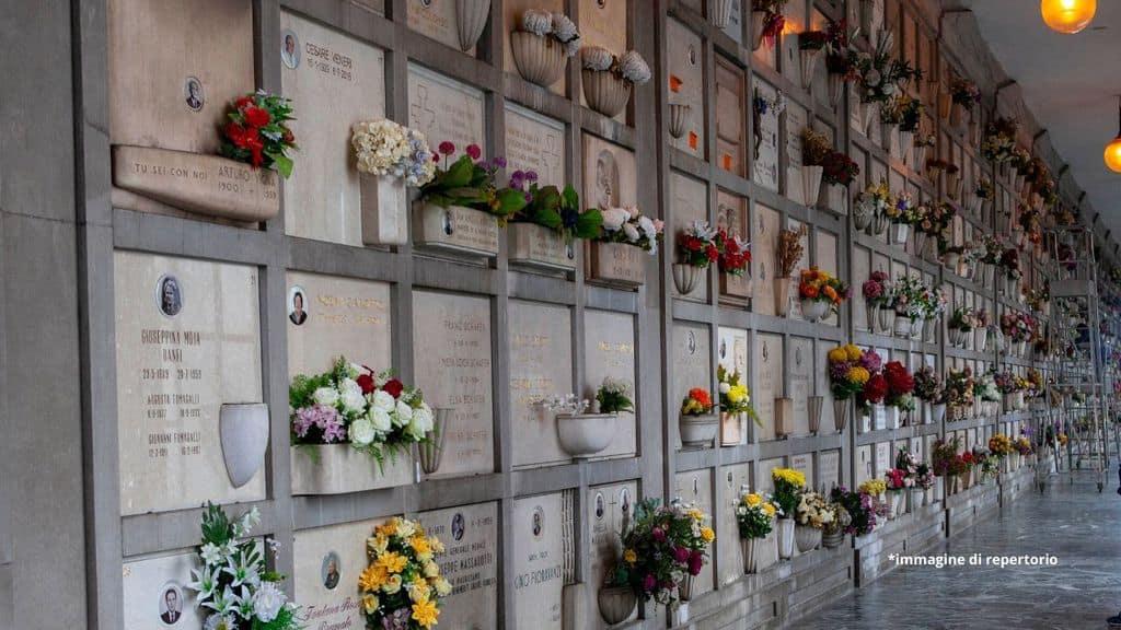 lapidi al cimitero
