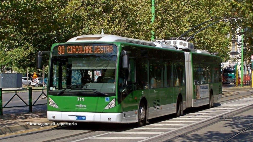"""Scontro filobus camion, il compagno della vittima: """"Crediamo"""