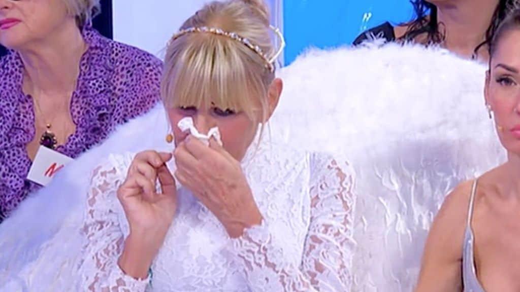 Gemma Galgani in lacrime a Uomini e Donne