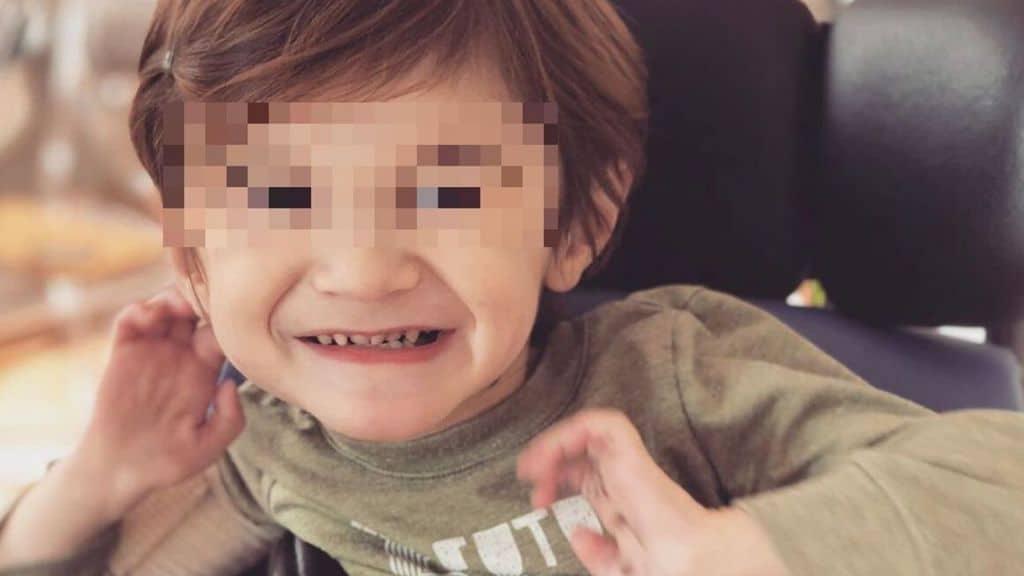 Nash ha compiuto 3 anni, nonostante una malattia rarissima. La sua città ha voluto festeggiare con una parata in suo onore, mentre la famiglia lancia una campagna online per trovare una cura: #smashSMARDchallenge (Foto Instagram)