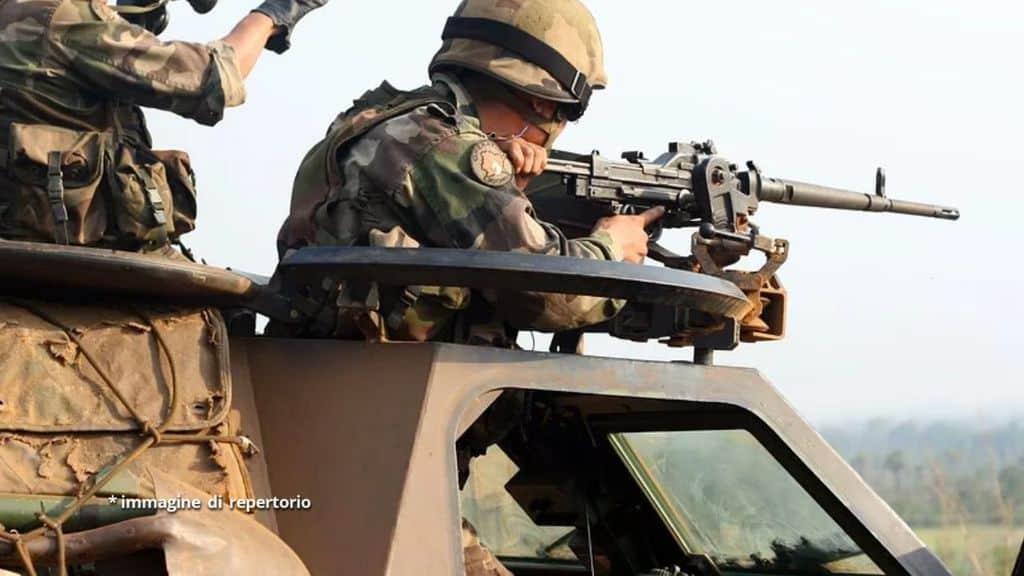 soldati su carro