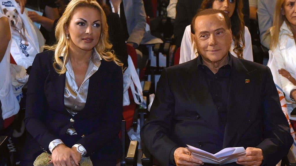 """Silvio Berlusconi e Francesca Pascale, la rivelazione: """"Si sono sposati"""""""