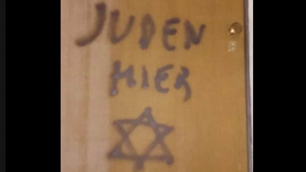 Scritta antisemita a Mondovì