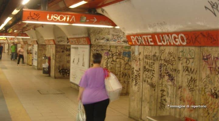 Stazione della metro A Ponte Lungo